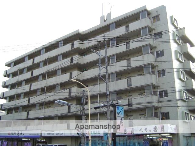 埼玉県川口市、蕨駅徒歩15分の築27年 7階建の賃貸マンション