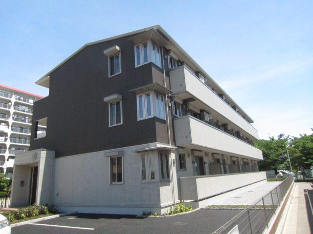 埼玉県蕨市、南浦和駅徒歩21分の築3年 3階建の賃貸マンション