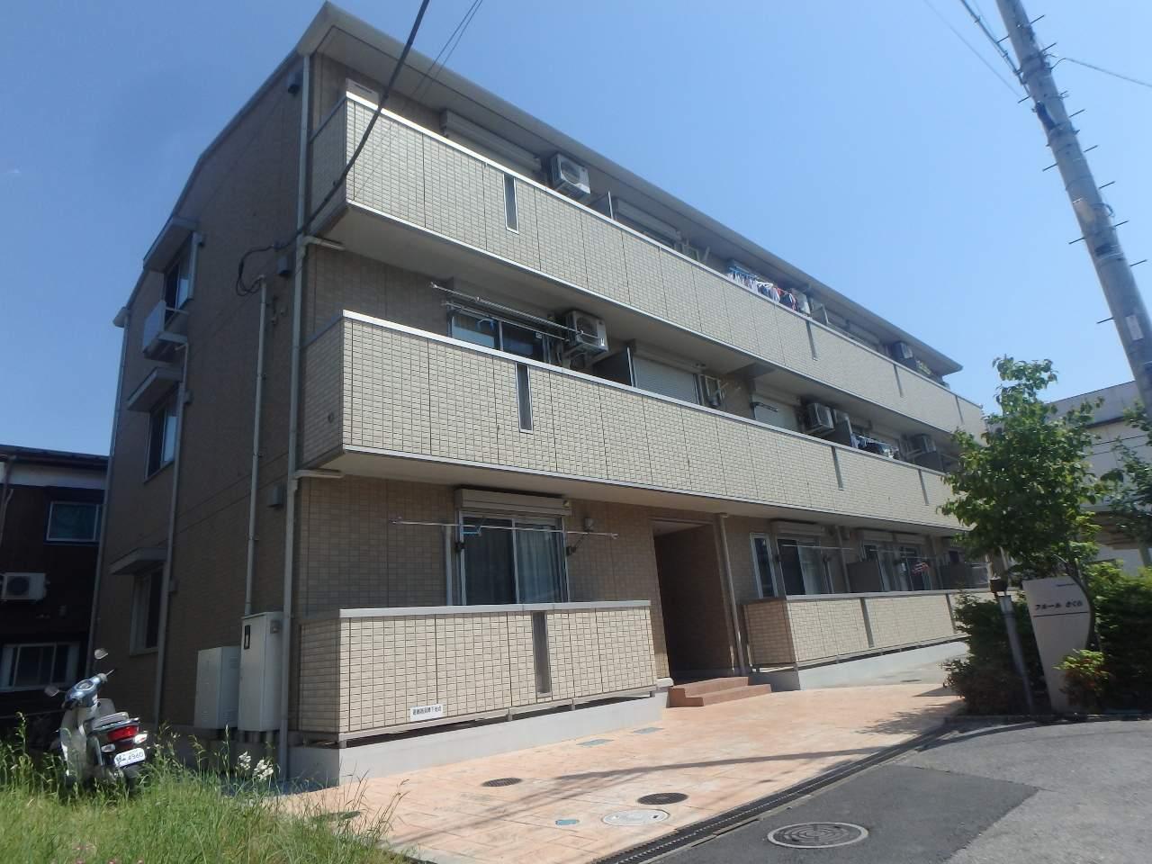 埼玉県川口市、蕨駅徒歩10分の築4年 3階建の賃貸マンション