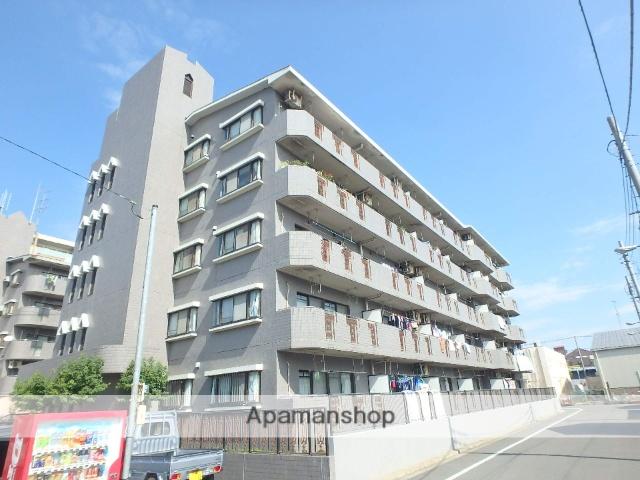 埼玉県戸田市、戸田公園駅徒歩33分の築21年 5階建の賃貸マンション