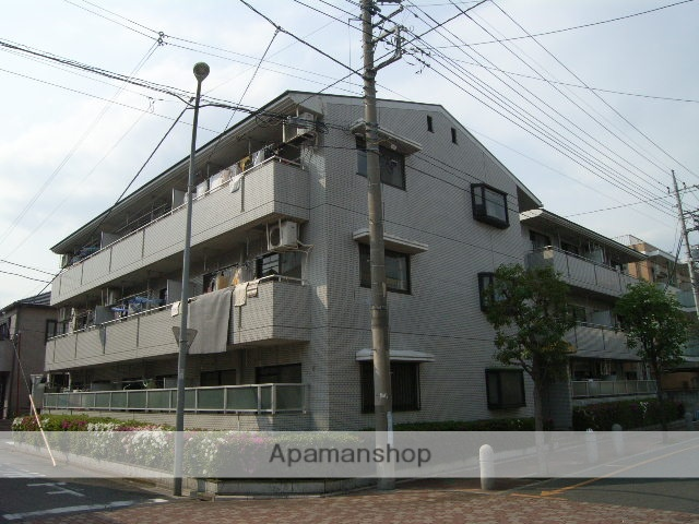 埼玉県蕨市、戸田公園駅徒歩30分の築27年 3階建の賃貸マンション