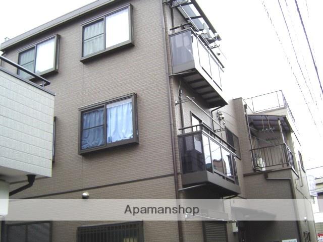 埼玉県蕨市、蕨駅徒歩10分の築15年 3階建の賃貸アパート