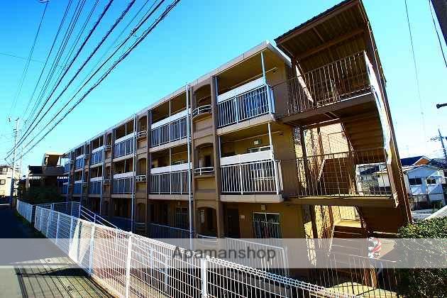 埼玉県ふじみ野市、ふじみ野駅徒歩20分の築32年 3階建の賃貸マンション