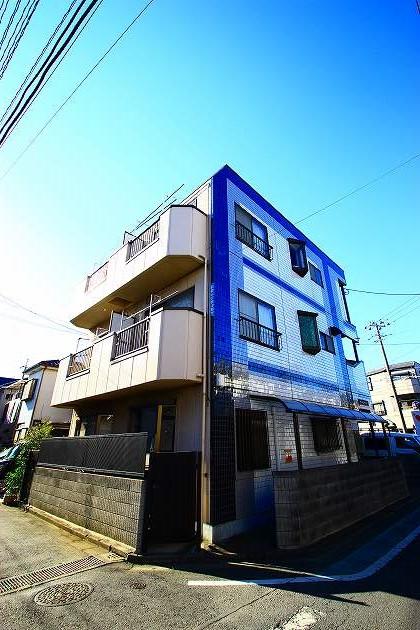 埼玉県ふじみ野市、鶴瀬駅徒歩30分の築29年 3階建の賃貸マンション