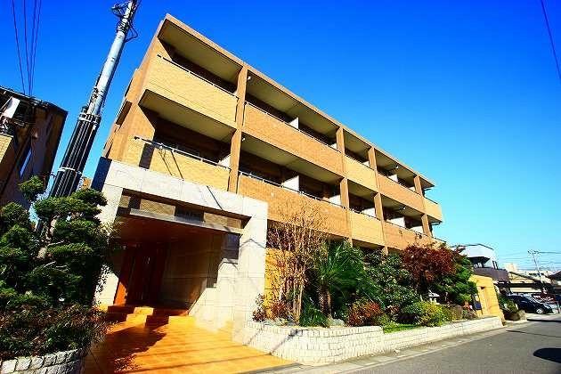埼玉県富士見市、鶴瀬駅徒歩34分の築13年 3階建の賃貸マンション