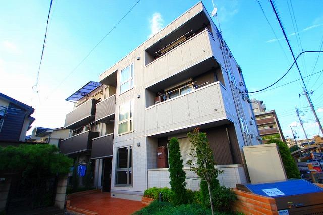 埼玉県朝霞市、朝霞駅徒歩20分の築5年 3階建の賃貸アパート