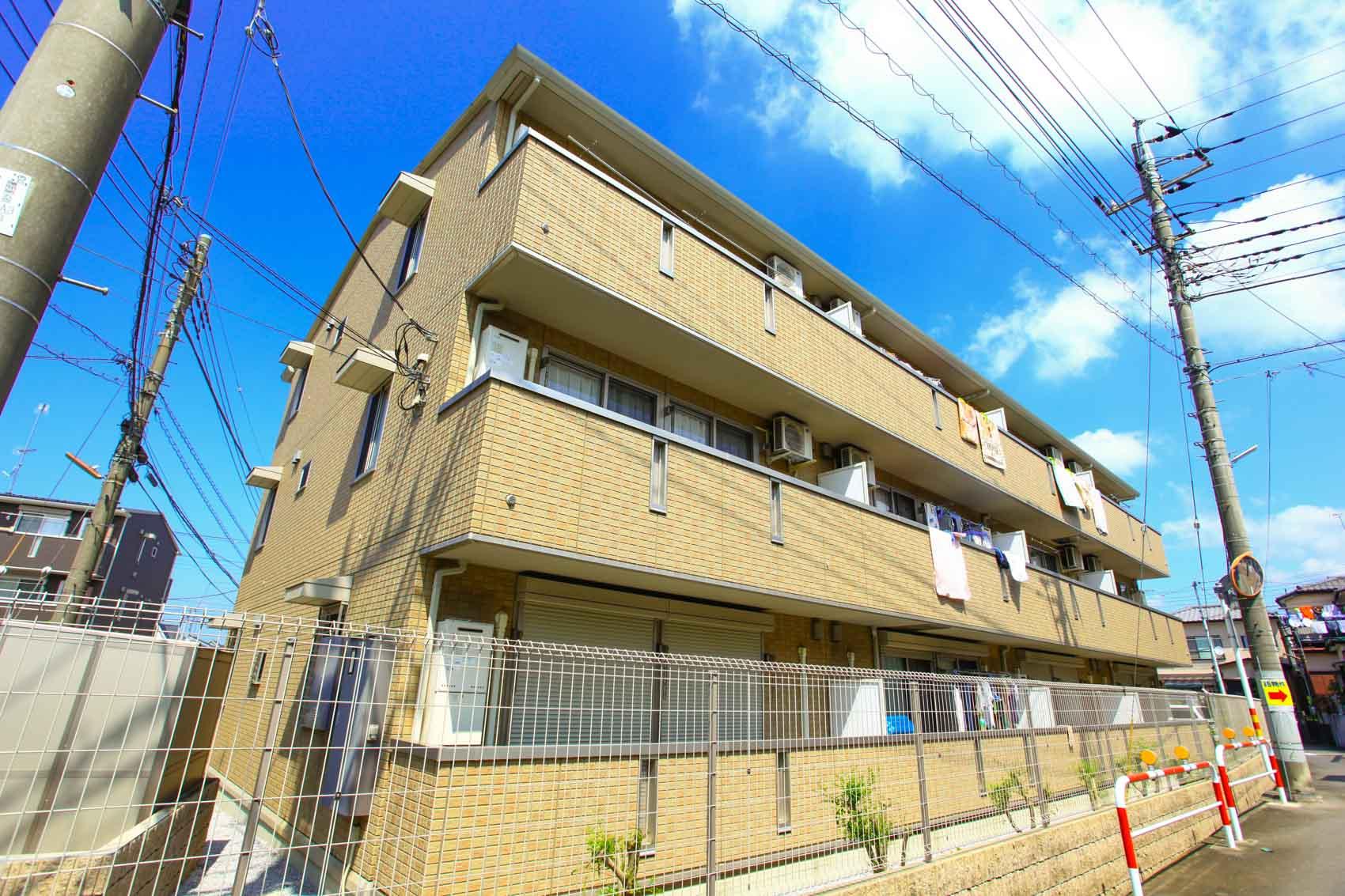 埼玉県川越市、上福岡駅徒歩10分の築7年 3階建の賃貸アパート