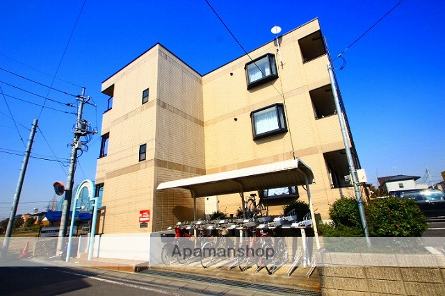 埼玉県志木市、志木駅バス7分北美町下車後徒歩6分の築21年 3階建の賃貸アパート