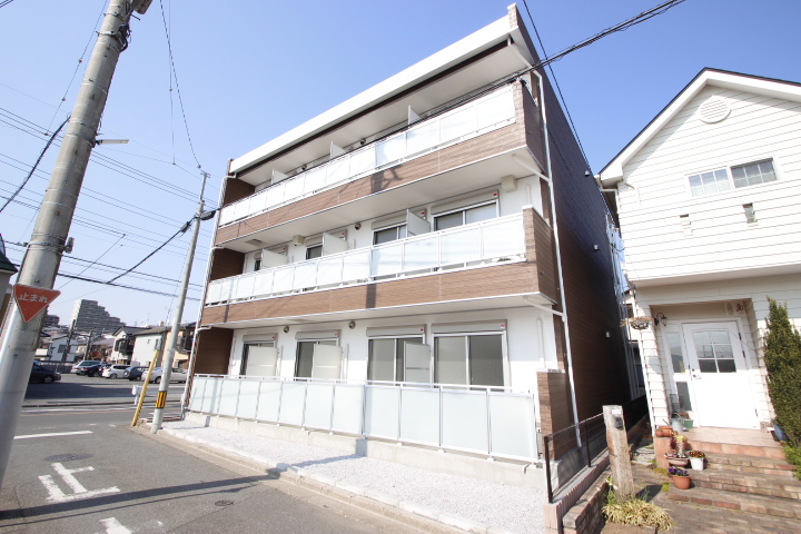 埼玉県川越市、新河岸駅徒歩21分の新築 3階建の賃貸アパート