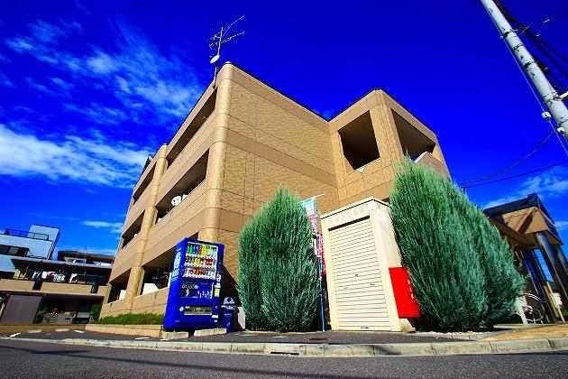 埼玉県ふじみ野市、ふじみ野駅徒歩7分の築10年 3階建の賃貸マンション