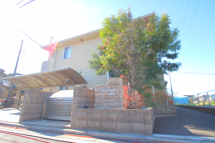 埼玉県富士見市、みずほ台駅徒歩8分の築5年 2階建の賃貸アパート