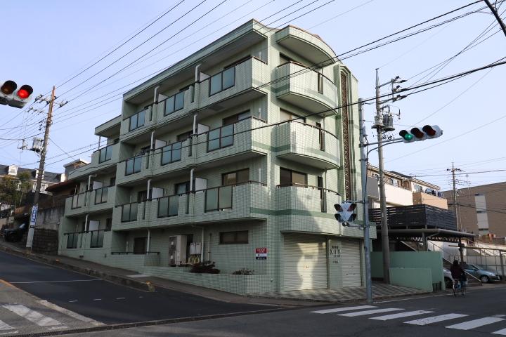 埼玉県川越市、上福岡駅徒歩19分の築25年 4階建の賃貸マンション