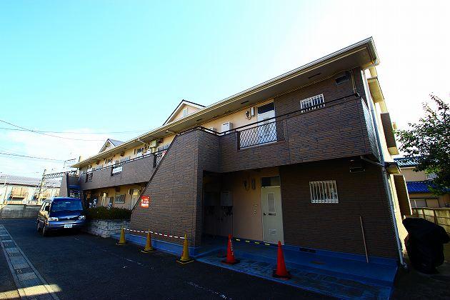 埼玉県富士見市、鶴瀬駅徒歩15分の築27年 2階建の賃貸アパート