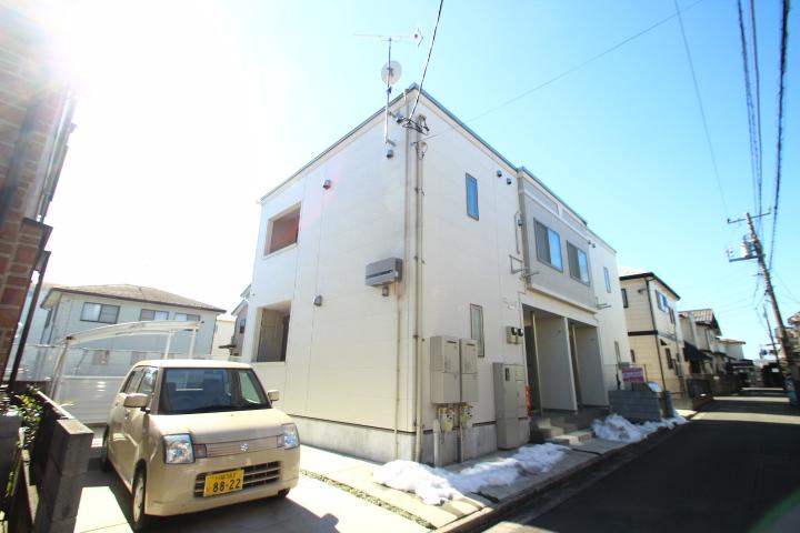 埼玉県富士見市、みずほ台駅徒歩13分の築2年 2階建の賃貸アパート