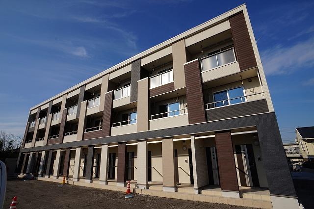 埼玉県川越市、南古谷駅徒歩38分の新築 3階建の賃貸アパート