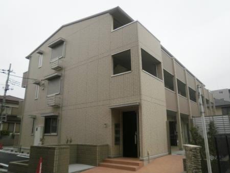 埼玉県川越市、南古谷駅徒歩4分の築3年 3階建の賃貸アパート