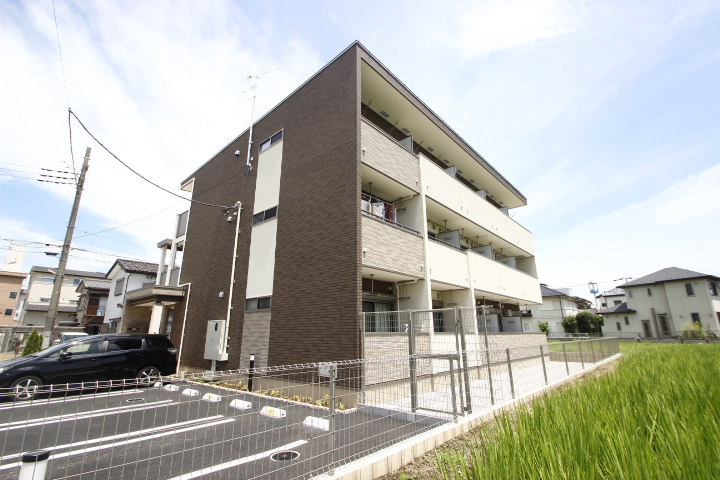 埼玉県川越市、南古谷駅徒歩6分の新築 3階建の賃貸アパート