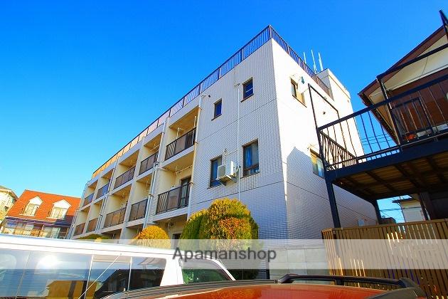 埼玉県富士見市、鶴瀬駅徒歩10分の築52年 3階建の賃貸マンション