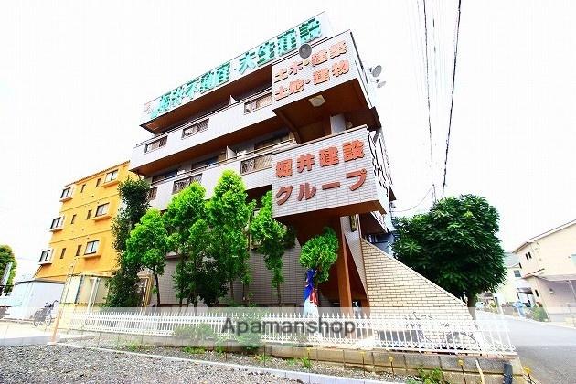 埼玉県ふじみ野市、鶴瀬駅徒歩29分の築27年 4階建の賃貸マンション