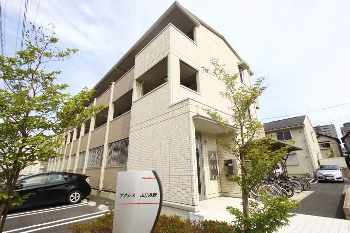 埼玉県ふじみ野市、ふじみ野駅徒歩9分の築7年 3階建の賃貸アパート