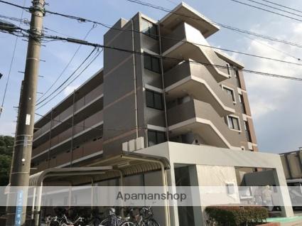 埼玉県ふじみ野市、鶴瀬駅徒歩30分の築14年 5階建の賃貸マンション