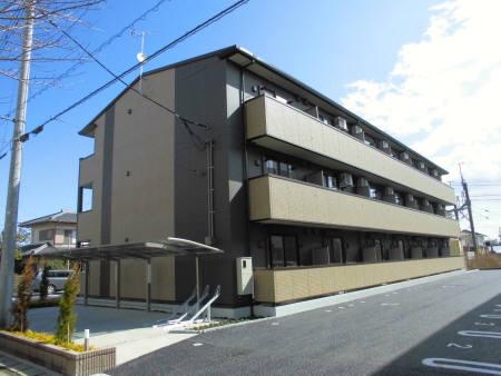 埼玉県久喜市、久喜駅徒歩12分の築2年 3階建の賃貸アパート