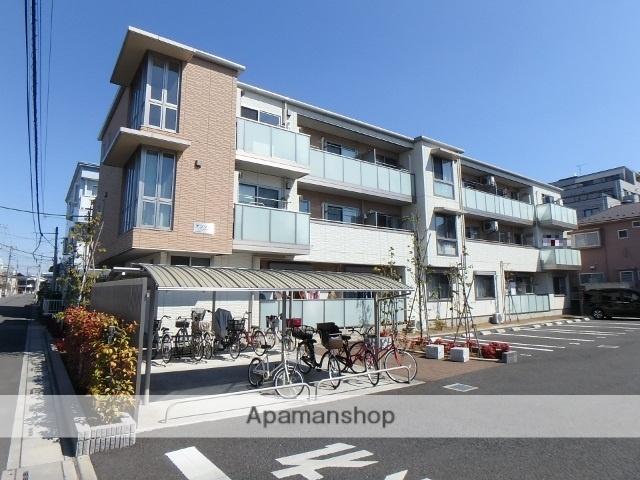 埼玉県春日部市、春日部駅徒歩20分の築3年 3階建の賃貸アパート
