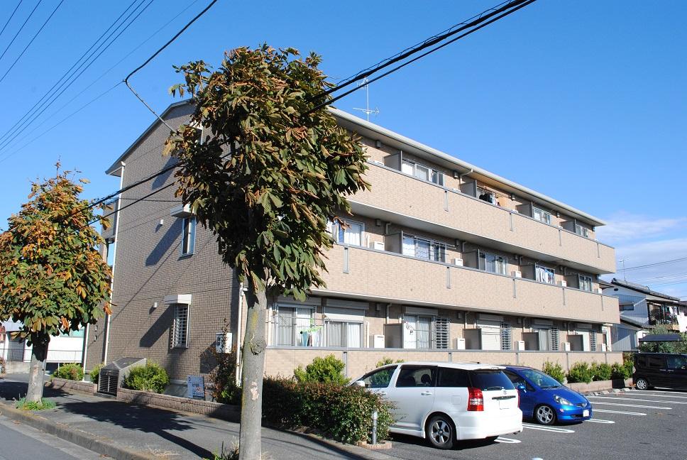 埼玉県深谷市、深谷駅徒歩17分の築8年 3階建の賃貸アパート