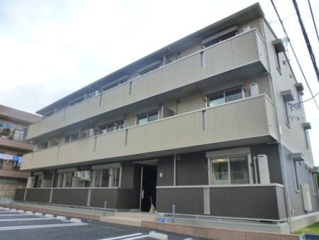 埼玉県行田市、行田駅徒歩11分の築2年 3階建の賃貸アパート