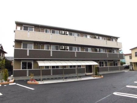 埼玉県深谷市、深谷駅徒歩13分の築1年 3階建の賃貸アパート
