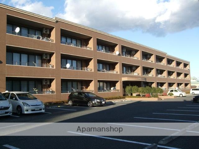 埼玉県熊谷市、籠原駅徒歩20分の築12年 3階建の賃貸マンション