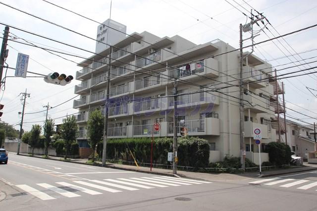 埼玉県鶴ヶ島市、若葉駅徒歩15分の築33年 6階建の賃貸マンション