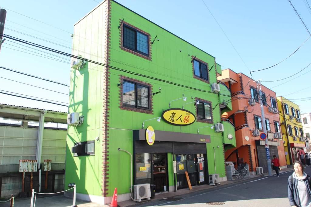 埼玉県川越市、鶴ヶ島駅徒歩1分の築7年 3階建の賃貸マンション