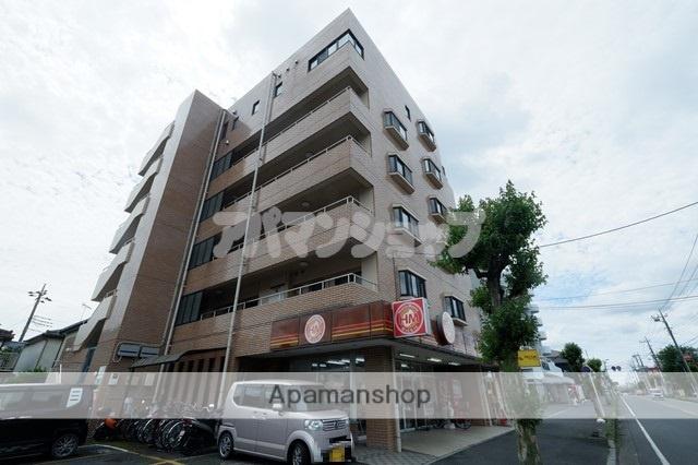埼玉県坂戸市、北坂戸駅徒歩6分の築21年 6階建の賃貸マンション