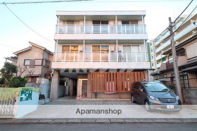 埼玉県鶴ヶ島市、鶴ヶ島駅徒歩21分の築24年 3階建の賃貸マンション