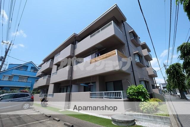 埼玉県鶴ヶ島市、若葉駅徒歩23分の築30年 3階建の賃貸マンション