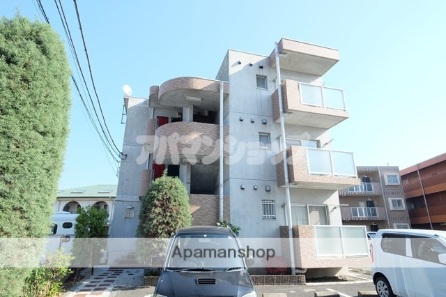 埼玉県坂戸市、若葉駅徒歩30分の築15年 3階建の賃貸マンション