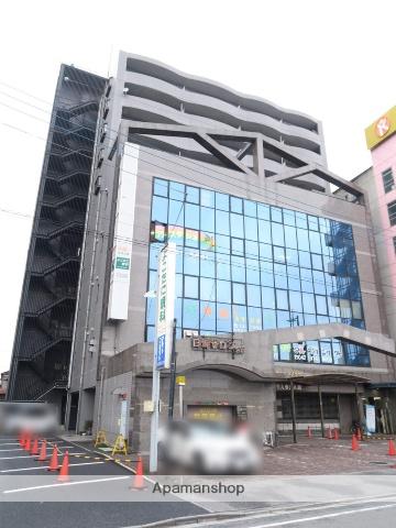 埼玉県飯能市、飯能駅徒歩2分の築25年 10階建の賃貸マンション