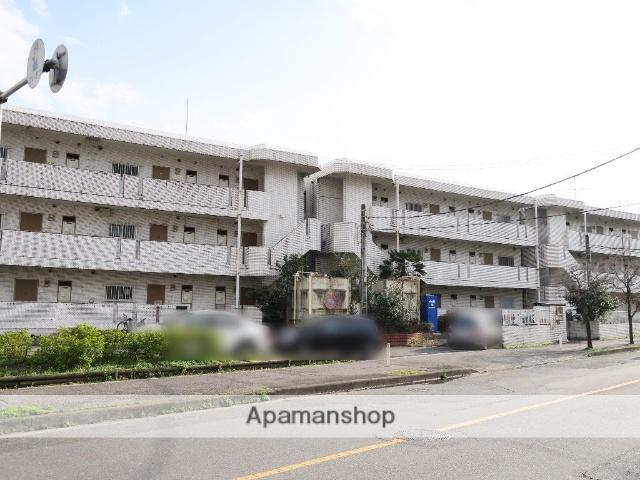埼玉県入間市、稲荷山公園駅徒歩20分の築28年 3階建の賃貸マンション