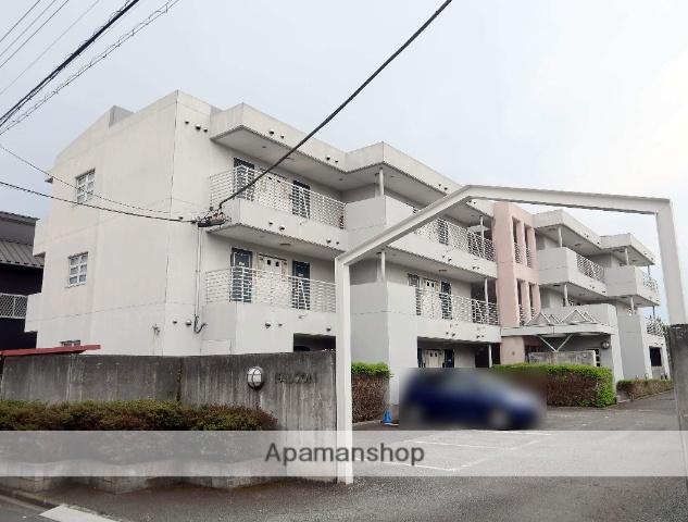 埼玉県飯能市、飯能駅徒歩15分の築21年 3階建の賃貸マンション