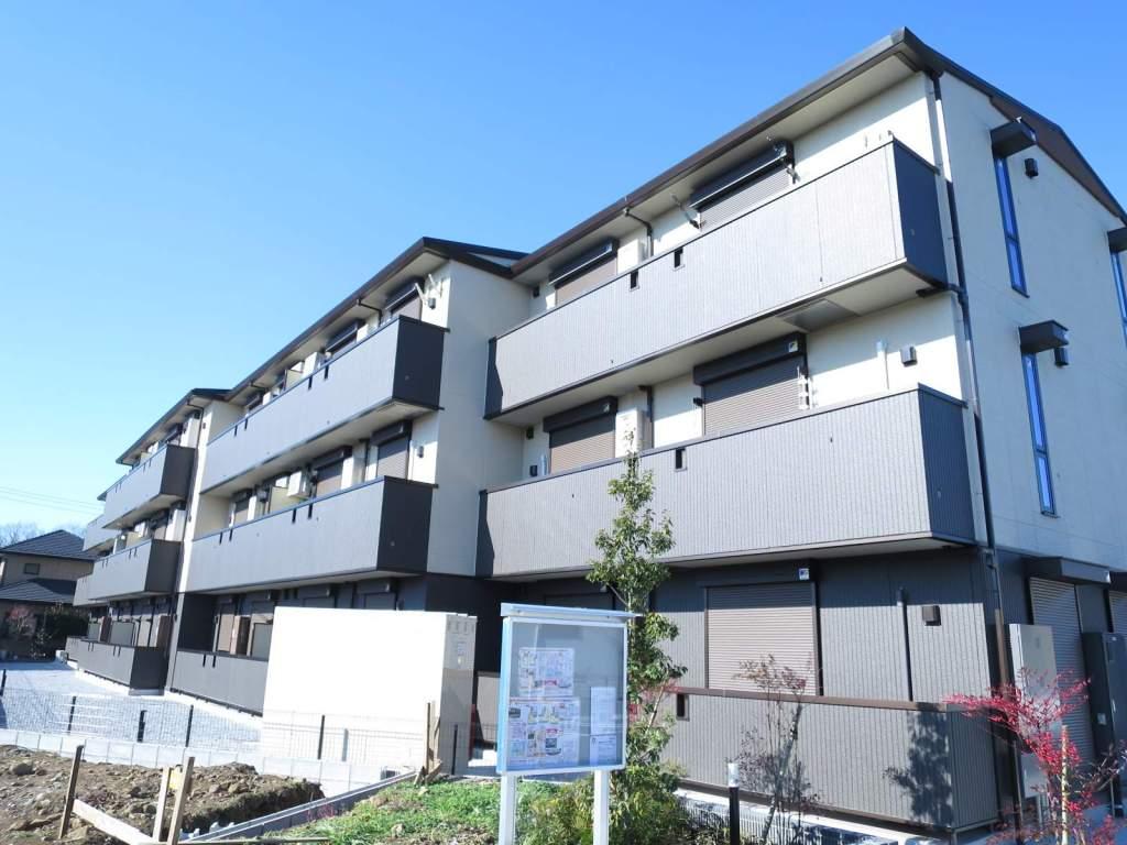 埼玉県入間市、入間市駅徒歩19分の新築 3階建の賃貸アパート