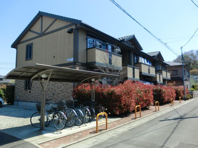 埼玉県狭山市、稲荷山公園駅徒歩9分の築14年 2階建の賃貸アパート
