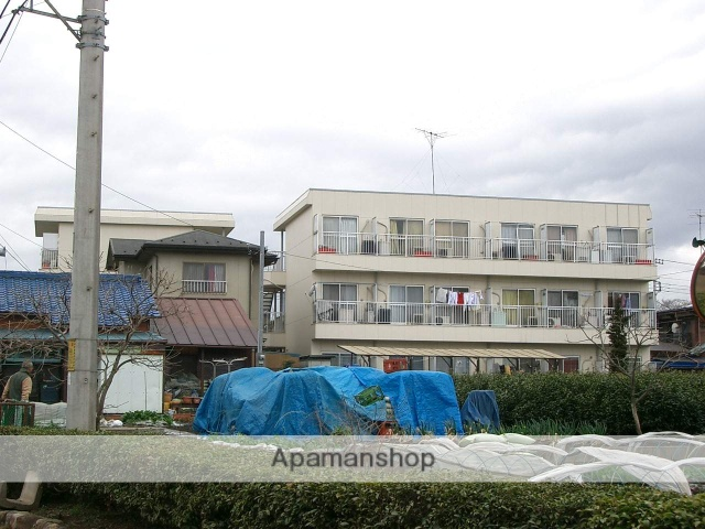 埼玉県入間市、入間市駅徒歩13分の築27年 3階建の賃貸マンション