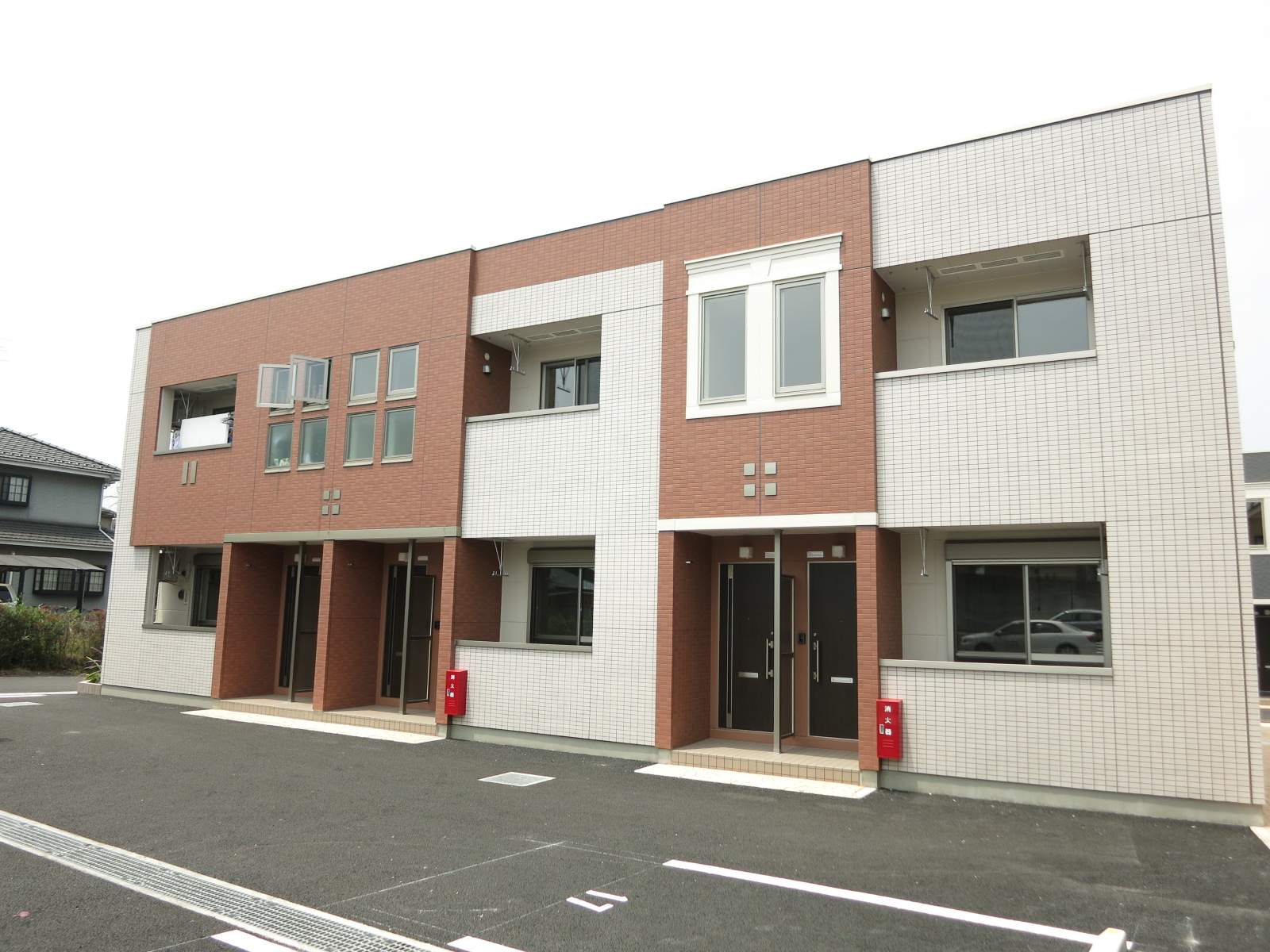 埼玉県飯能市、東飯能駅徒歩14分の築2年 2階建の賃貸アパート