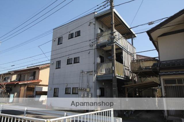 埼玉県狭山市、稲荷山公園駅徒歩16分の築18年 3階建の賃貸マンション