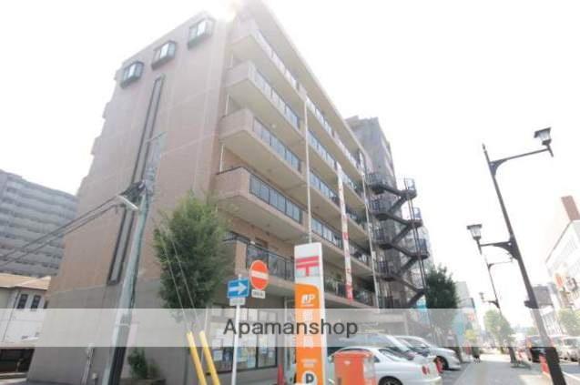 埼玉県川越市、川越駅徒歩13分の築21年 6階建の賃貸マンション