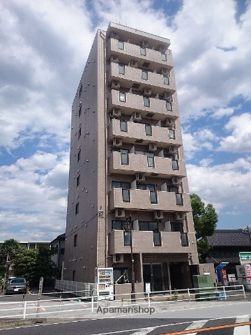 埼玉県戸田市、戸田公園駅徒歩13分の築21年 8階建の賃貸マンション