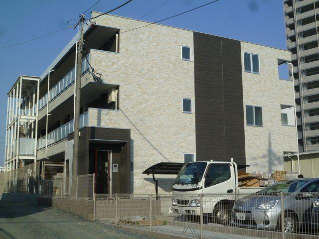 埼玉県蕨市、戸田駅徒歩13分の築2年 3階建の賃貸マンション