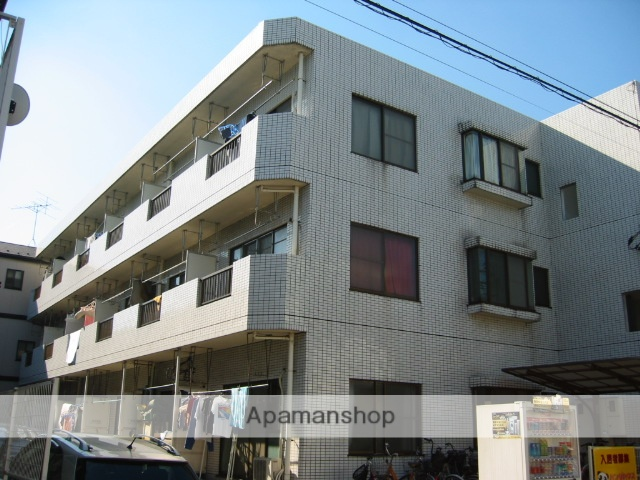 埼玉県戸田市、戸田公園駅徒歩24分の築27年 3階建の賃貸マンション