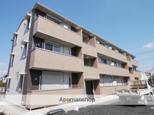 埼玉県入間市、狭山ヶ丘駅徒歩25分の築4年 3階建の賃貸アパート
